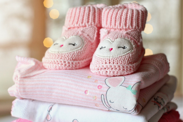newborn baby's cloths